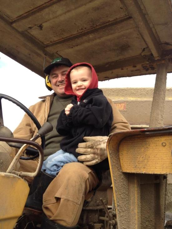 My folks work with companies like Tyson, so they can keep doing things like this...Farmer Bruce and nephew Luke do the daily feeding chore.